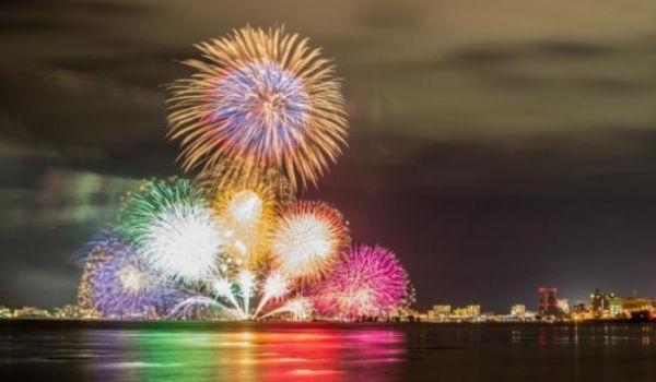 2018年葛飾花火デートは松戸の河川敷で
